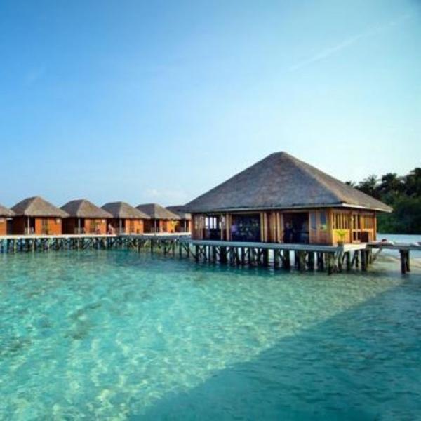 Maldív-szigetek - Meeru Island Resort & Spa ****+  (Egyéni) ****+
