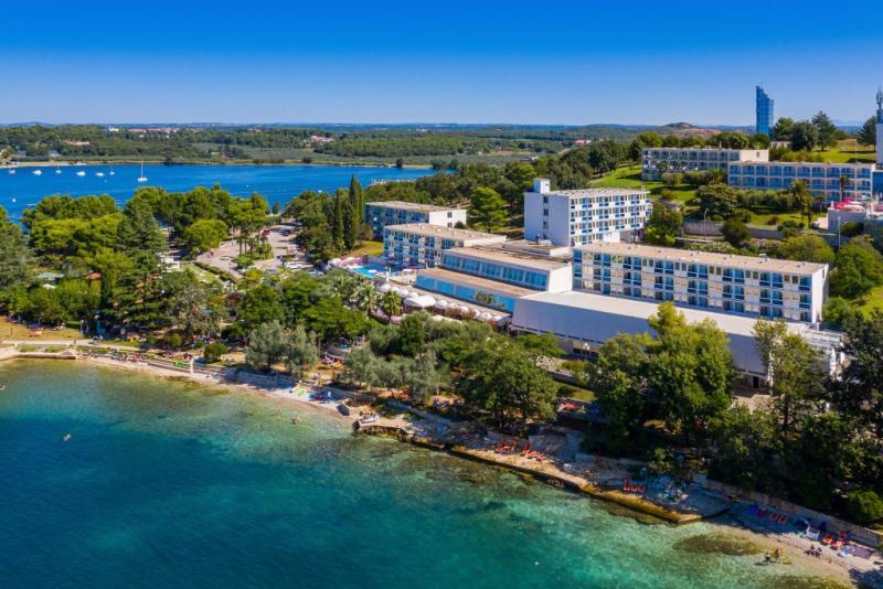 Hotel Plavi *** Nyaralás Porecben