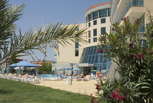 Hotel Ivana Palace **** - buszos nyaralás