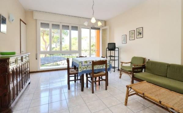 Maracaibo Apartmanház  - buszos nyaralás