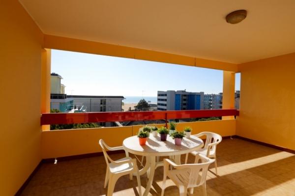 Calypso Apartmanház  - buszos nyaralás
