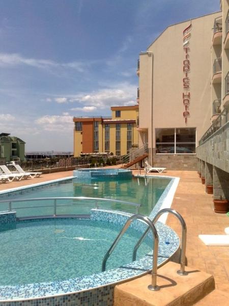 Hotel Tropics *** - buszos nyaralás