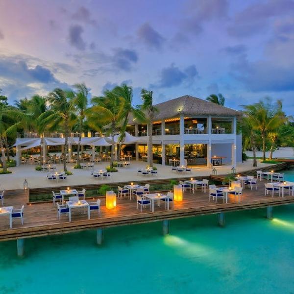 Maldív-szigetek - Kurumba Maldives Resort *****  (Egyéni) *****