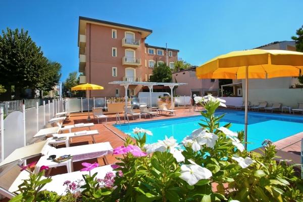 Residence I Girasoli - Nyaralás Rimini-ben