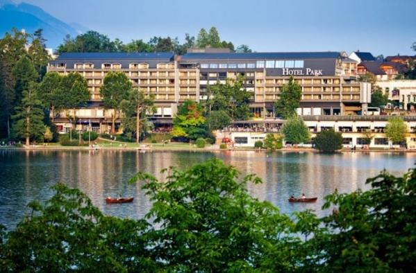 Hotel Park **** szállás Bledben