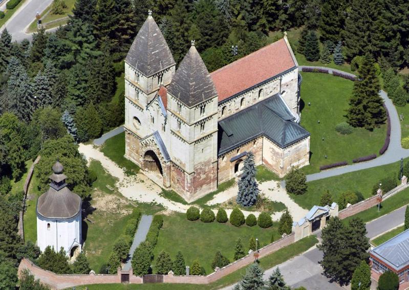 Ják - Bencés templom