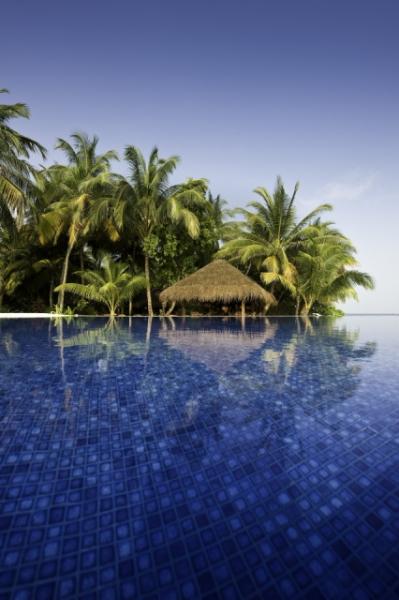Maldív-szigetek - Kuramathi Island Resort **** - North Ari Atoll (Egyéni) ****