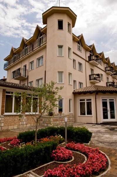 Hotel Bellavista-San Zeno Di Montagna ***- Szállás a Garda-tónál