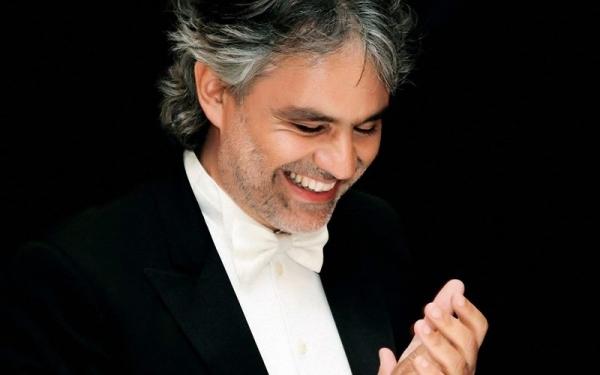 Andrea Bocelli koncert Toszkánában-középkori kisvárosok ölelésében
