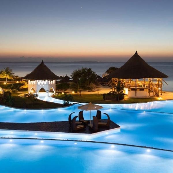 Zanzibár - The Royal Zanzibar Beach Resort **** - Nungwi Beach (Egyéni) ****