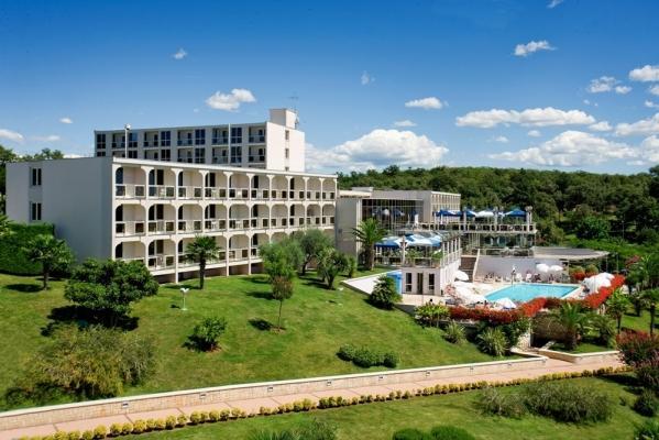Busszal Hotel Laguna Istra*** - Nyaralás Porecben üdülőjárattal
