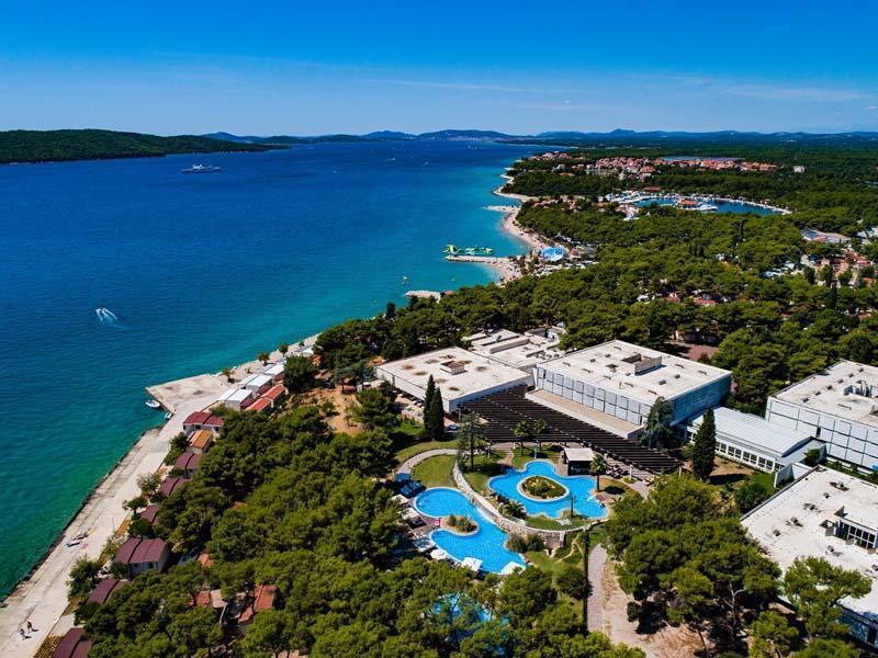 Busszal Hotel Niko*** - Nyaralás üdülőjárattal Dalmáciában
