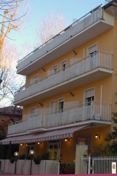Hotel Amica** - Rimini