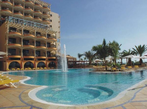 BULL HOTEL DORADO BEACH ***