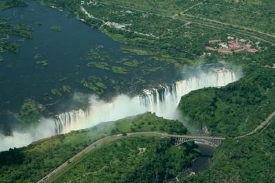 Zimbabwe - Botswana (Viktória-vízeséssel)